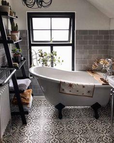 Bathroom Inspiration // My Dark Home Badezimmer Inspiration // Mein dunkles Zuhause ideas grey Cozy Bathroom, Bathroom Wall Decor, Bathroom Layout, Modern Bathroom, Small Bathroom, Bathroom Ideas, Bathroom Laundry, Bathroom Organization, Dream Bathrooms