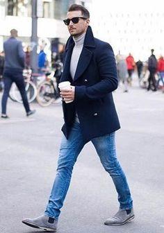 【冬】紺ピーコート×タートルネック×ジーンズの着こなし(メンズ) | Italy Web