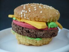 hamburger cupcake!