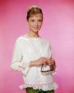 Old Hollywood Glamour: Audrey Hepburn