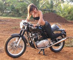 Girl on an old motorcycle: Post your pics! - Page 1052 - ADVrider