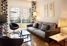 Barcelona apartment - is located in the Eixample Esquerra district of Barcelona, characterised by its modernist buildings. In the vicinity you will find the large Avendida Tarradelles, a large semi pedestrianised street filled with palm trees, benches and parks for children.
