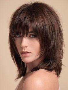 Cortes de cabello para mujer largo medio, en capas y con flequillo