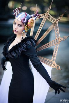 Edea - Final Fantasy VIII just fucking beautiful! i wanna cosplay her one day! Final Fantasy Cosplay, Final Fantasy Artwork, Cosplay Outfits, Cosplay Girls, Cosplay Costumes, Amazing Cosplay, Best Cosplay, Amazing Costumes, Geek Games