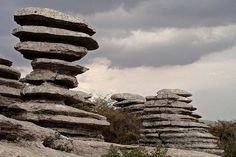 El Torcal, Antequera; Spain Spain Places To Visit, Places To See, Stone City, Paraiso Natural, Andalucia Spain, Spain Holidays, Spain And Portugal, What A Wonderful World, Spain Travel