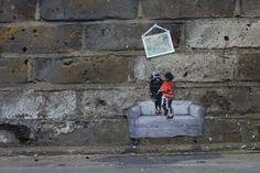 Miniature Streetart by Pablo Delgado over East London > Design und so, Illustrationen, Paintings, Streetstyle, urban art > east london, graffiti, paste-ups, stencils, streetart, walls, wheatpastes