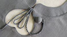 Churidhar Neck Designs, Neck Designs For Suits, Neckline Designs, Sleeves Designs For Dresses, Blouse Neck Designs, Baby Dress Tutorials, Gala Design, Simple Kurti Designs, Kurta Neck Design