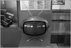 old collectible television sets San Francisco Airport, Television Set, Box Tv, Retro Futurism, Classic Tv, Time Travel, Electronics, Steampunk, Appliances