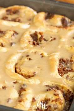 Bacon Breakfast Rolls with Maple Glaze recipe - soft, tender yeast dough is filled with bacon & smothered in maple frosting. #breakfast #cinnamonrolls #bacon #maple #recipe #yeastdough #callmepmc Bacon Breakfast, Sweet Breakfast, Breakfast For Dinner, Breakfast Recipes, Recipes Using Bacon, Cooking Recipes, Bacon Cinnamon Rolls, Best Easy Dessert Recipes, Maple Frosting