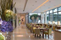 Valais Terrace Café | Artwork and interior landscaping