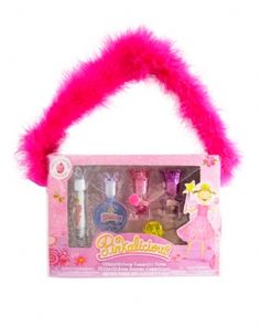 Pinkalicious 5 Piece Crown Purse Set   Includes 6 pieces of nail polish and lip gloss