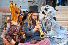 Street Performer Venice