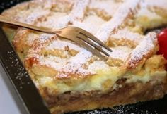Rácsos-habos almás pite recept képpel. Hozzávalók és az elkészítés részletes leírása. A rácsos-habos almás pite elkészítési ideje: 70 perc