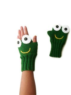 Green Frog Hand Knit / Fingerless Gloves /Green Color/ Boys and Girls / Winter Fashion 2012- 2013 / Size M - S