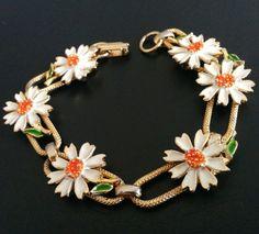 Vintage Bracelet Enamel Flower Book Chain Daisy Sunflower Spring Gold Tone 4113