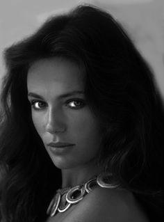 Jacqueline Bisset circa 1973. Classic.