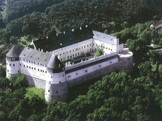 Red Stone Castle (Slovakia) - my favourite Places Around The World, Around The Worlds, Wonderful Places, Beautiful Places, Castle In The Sky, Castle House, Beautiful Castles, Bratislava, Kirchen