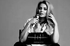 Magdalena Pieczonka makijażystka gwiazd opowiedziała portalowi Derma Estetic jak ukryć mankamenty skóry, jakie triki zastosować podczas makijażu i co powinno być must have w każdej kosmetyczce kobiety. Justyna Gawryś: W jaki sposób powinniśmy przygotować naszą cerę by makijaż utrzymywał się jak najdłużej? Magdalena Pieczonka: Przede wszystkim podstawą jest pielęgnacja. Im lepiej przygotowana skóra do makijażu …