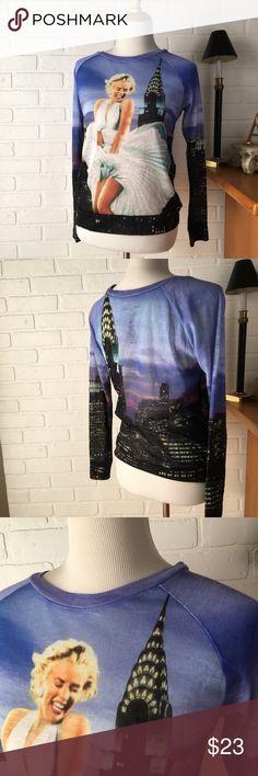 Marilyn Monroe knit top S Lightweight knit crew neck graphic top Marilyn Monroe Tops Tees - Long Sleeve