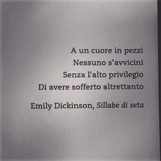 Frasi bellissime SEMPRE Poetry Quotes, Book Quotes, Words Quotes, Me Quotes, Sayings, Italian Phrases, Italian Quotes, Motivational Phrases, Inspirational Quotes