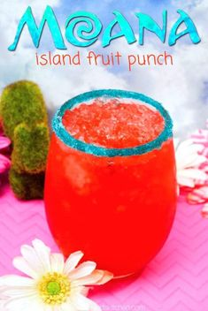 This Moana inspired Hawaiian Punch Recipe is the perfect drink for your next family movie night or kids birthday party! click now for more info. Kid Drinks, Fruit Drinks, Party Drinks, Summer Drinks, Disney Drinks, Alcoholic Drinks, Healthy Drinks For Kids, Birthday Drinks, Luau Birthday