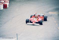 Montecarlo, 31 maggio 1981 - 39° Grand Prix Automobile de Monaco - Gilles VILLENEUVE su Ferrari 126 C Turbo (1° Classificato) - - - - Virage de la Rascasse - Photo © Demetrio Grandinetti (Mentioning the Author is required, Law 633/41)