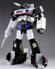 Zeta Toys Jazzy transforms from robot to a supercharged race car and back! Figure stands tall in robot mode and is approximately Masterpiece scaled. Transformers Action Figures, Transformers Toys, Jazz, Transformers Collection, 1980s Toys, Model Maker, Comic Art, Dc Comics, Marvel