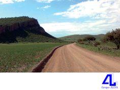 #GrupoAlsa Contamos con el equipo necesario para construir caminos. LA MEJOR CONSTRUCTORA DE VERACRUZ. En Grupo ALSA, somos una empresa dedicada a la industria de la construcción y contamos con el equipo necesario y adecuado para proyectar y construir caminos, carreteras y autopistas. Le invitamos a visitar nuestra página en internet www.grupoalsa.com.mx, para conocer más acerca de los proyectos que hemos realizado.