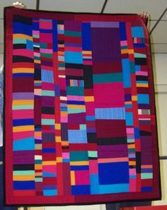Gwen Marston quilt at the Piecemakers Quilt Guild show and tell