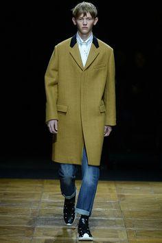 Dior Homme does Camel  #menswear #mensfashion #mensstyle #MFW #fashion #GQ #diorhomme #dior