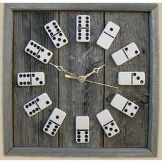 DIY: Domino Clock idea is unique and simple. It appears very eye-catching and stylish once you hang Domino clock in your house or office wall. Old Board Games, Old Games, Game Boards, Game Room Decor, Diy Room Decor, Game Rooms, Ideas Paso A Paso, Fun Crafts, Diy And Crafts