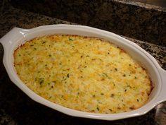 Recette de riz au four au poulet, sauce tomates et mozzarella Un gratin de riz au poulet facile et rapide à cuisiner. Ce plat unique sera idéal pour les repas de famille, gourmand, simplet, parfumé.