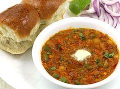 Pav Bhaji Recipe - Mumbai Style - With Step by Step Photos and Tips