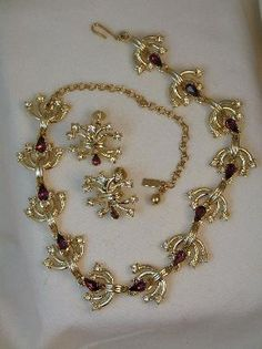 Rare Vintage Signed Duane Purple Rhinestone Necklace and Earring Set Antique Jewelry, Vintage Jewelry, Bangle Bracelets, Bangles, Gold Hair Clips, Screw Back Earrings, Rhinestone Necklace, Vintage Signs, Earring Set