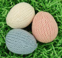 Ravelry: Easter Eggs pattern by Emily Kintigh Knitting Blogs, Knitting For Kids, Free Knitting, Knitting Projects, Easter Crochet, Knit Or Crochet, Double Crochet, Animal Knitting Patterns, Knit Patterns