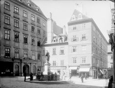 Wien 1, Franziskanerplatz 1/3   Stauda, August Scenery Pictures, Old Pictures, Austro Hungarian, Hungary, Austria, Medieval, Photographs, Street View, Black And White