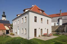 Kühnlein Architektur: Ehem. Pfarrhof Pelchenhofen
