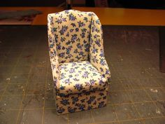 Dollhouse Miniature Furniture - Tutorials | 1 inch minis: Simple upholstered chair