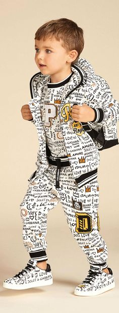 Cool! Dolce Gabbana Junior Boys White Love Graffiti Prince Look. Shirt, Pants Jacket, Shoes & Matching Backpack for Summer 2018. #kidsfashion #dolcegabbana #kids #boy