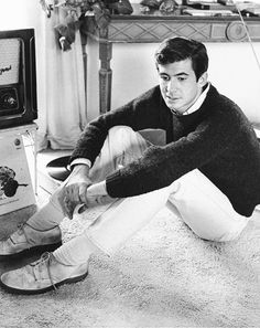 Anthony Perkins in his rented home in L.A., 1959.