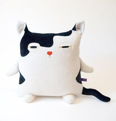 Long Storage Doll Plush Toys Soft Plush Pillows Sleep Comfortably Creative Cute Cat Shape Pillow Gift Lightweight Suitable for Kids
