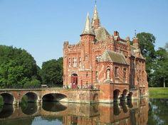 Kasteel Ten Berge Castle in Brugge Belgium