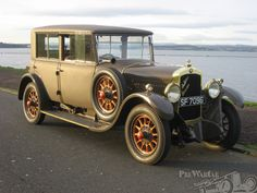 De Dion-Bouton Type IW fabric bodied saloon 1927 for sale