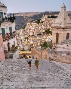 in Italy: Best of Italy Tour from Rome 5 Tage in Italien: Best of Italy Tour ab Rom Traveling To Italy Places To Travel, Travel Destinations, Places To Visit, Dream Vacations, Vacation Spots, Best Of Italy, Voyage Europe, Italy Tours, Destination Voyage
