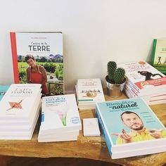 Nouvel arrivage de livres 📚 pour faire le plein d'inspiration!    Consommons différemment 🍍! #Liège #Liege #Belgique #Belgium #Ethique #ethical #Organic #ConsommationResponsable #liegeshopping #slowcosmetique #Ecologique #Ecologic #FairFashion #SlowFashion   #Fairbeauty #ethicalfashion #FairTrade #Respect #Crueltyfree