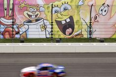 NASCAR at Kansas 2015: Race Schedule, Live Stream Info and Drivers to Watch NASCAR  #NASCAR