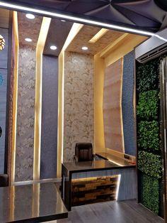 Kitchen backsplash accent interiors Ideas for 2019 Wall Decor Design, Door Design, Interior Design Sites, Showroom Design, Showroom Interior Design, Tile Showroom, Office Table Design, Office Cabin Design, Trendy Office Furniture