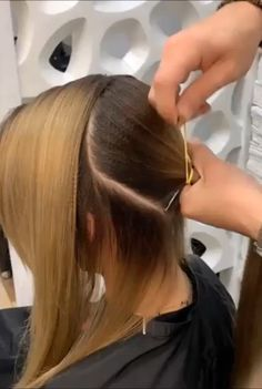 Trending Hairstyles 2019 The post Trending Hairstyles 2019 – Long Hairstyles Art appeared first on Pinova - HairStyles Trending Hairstyles, Unique Hairstyles, Braided Hairstyles, Pretty Hairstyles, Easy Hairstyle, Cabelo Ombre Hair, Hair Upstyles, Short Hair Cuts For Women, Hair Videos
