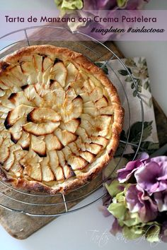 Tarta de Manzana con Crema Pastelera #singluten #sinlactosa #thermomix #mercadona Con la masa de hojaldre de Mercadona es facilísimo preparar tartas!!! Hoy os dejo una tarta de manzana con crema pastelera (preparada en la THX)