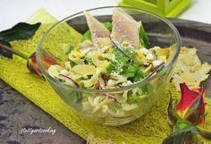 stuttgartcooking: Kräuter-Pasta-Salat und geräuchertes Forellenfilet mit Parmesan-Mandel-Chips